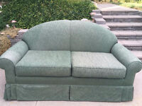 Very Good Condition Love Seat