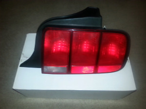 Ford Mustang right side tail light