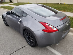 2017 Nissan 370Z Coupe (2 door) 6 Speed Manual Bluetooth