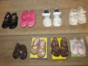 BABY INFANT SHOES SIZE 3 , 4 & 5 (6MONTHS-18 MONTHS)