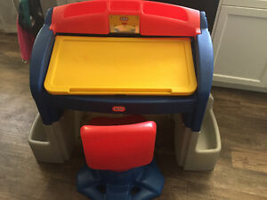 Little Tikes kid desk with swivel chair