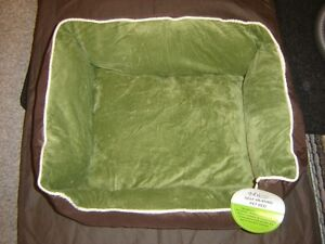 Evelots self heating  Pet Bed