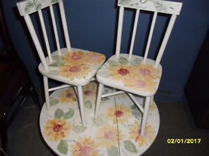 childs table and chair set