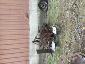 Oliver tractor parts for  66 or 77 row crop