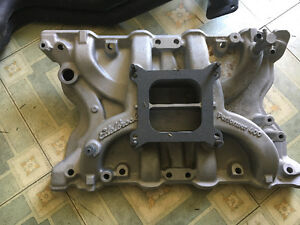 Brand new Ford Edelbrock Performer 400 and headers