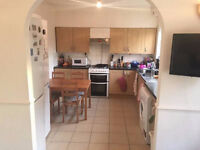 Fantastic Room Available Now In Limehouse - 5 Mins Walk To Limehouse Station