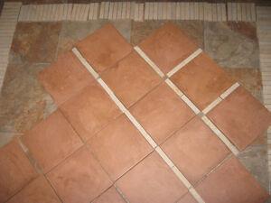 Céramique de plancher : 20 tuiles couleur terra cota