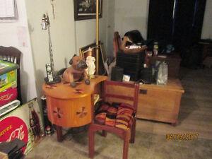 bureau antique pour téléphone