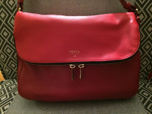 Fossil crossbody purse - red leather West Island Greater Montréal image 1