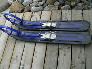 Simmons Flexi Skis
