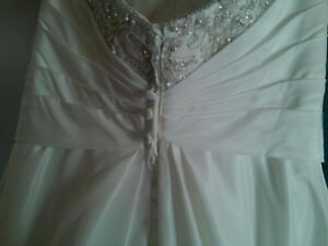Stunning gown - no need to order Cambridge Kitchener Area image 4