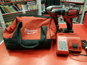 Ensemble de perceuse MILWAUKEE