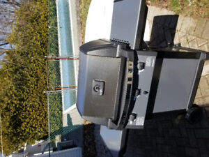 Almost new BroilMate Barbeque for sale