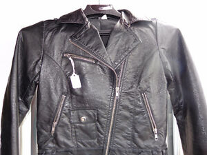 Ladies Jacket is small size.  - recycledgear.ca