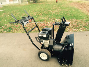"""Sno-Tek 22"""" - 2 Stage Snow Blower in like new condition"""