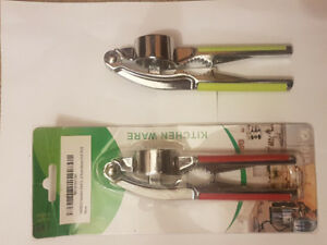 Stainless steel Garlic press with crusher