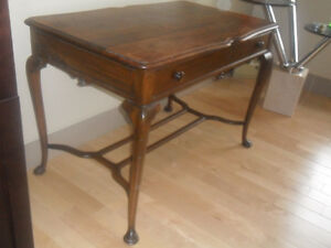 Antique,,, Queen Anne Library Table.2 Queen Anne Side Chairs