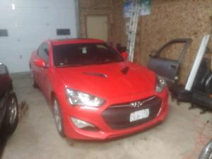2013 Hyundai Genesis Coupe 2.0T - Premium - SAFTEYED