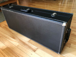 Case for Tenor Sax (Hardshell) Excellent Cond
