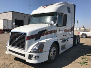 2012 Volvo bunk ishift needs engine
