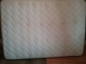 GENTLY USED DOUBLE SIZE MATTRESS