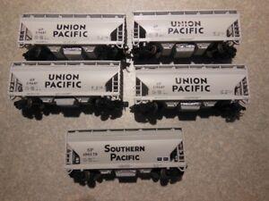 N-GAUGE MODEL TRAINS