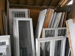portes et fenetres usager a tres bas prix en tres bonne etat Gatineau Ottawa / Gatineau Area image 10