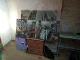Free New York Canvases