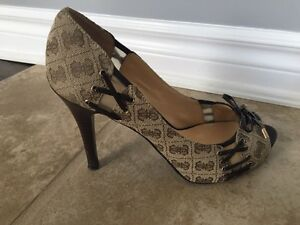 Guess Shoes, 3.5inch high heel, size 9.5 Kitchener / Waterloo Kitchener Area image 3