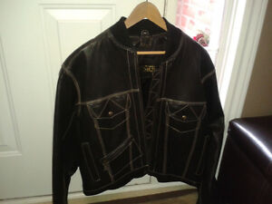 Men's Danier Leather coat (mint condition)