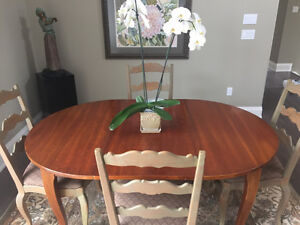 Aged Cherry extendable Dining Table