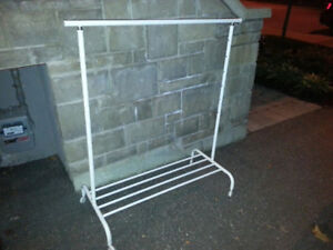 "44"" ROLLING GARMENT/CLOTHES RACK"