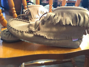Brand New Soft Moc Moccasins *ONLY WORN ONCE*