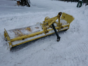New Holland --- FLAIL MOWER