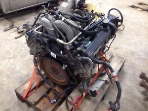 2004 4.6L 2V Triton Engine London Ontario image 3
