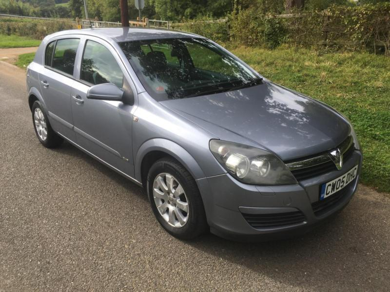 Vauxhall/Opel Astra 1.6i 16v Club VERY VERY LOW MILEAGE + 12 MONTHS MOT