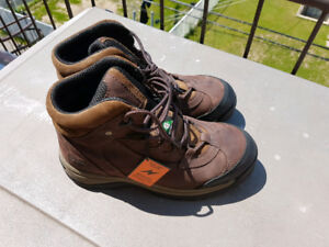 botte de travail TIMBERLAND homme size 9 US NEUF / NEW