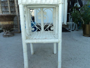 Vintage Wicker Night Stand/Plant Stand