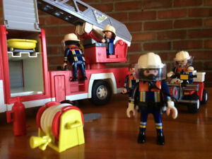 Playmobil : pompiers, police, hydrospeed, ambulance