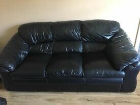 Black leather 3 -1 -1 sofa set suite