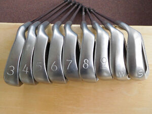 Mens Ping Eye 2+ irons. 3 iron to PW , plus SW. New grips.