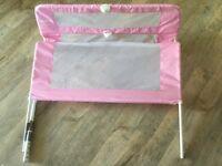 Folding children's bed rail from Lindam