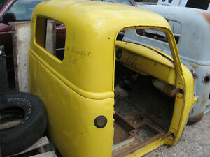 Western 1954 Chevrolet/GMC Half ton Cab,sell or trade London Ontario image 2