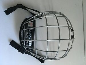 Like New Reebok Medium Hockey Mask for SALe