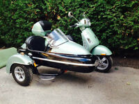 Vespa sidecar Grand Tourismo
