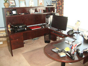 Solid Wood U Shape Office Furniture (Home or Business)