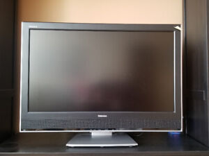 "46"" Toshiba Flatscreen with remote"