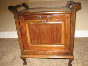 Antique  end table/magazine rack