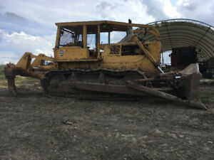 1974 D8 CAT Dozer with Powershift