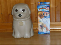 Pet Treat Container and Nail Trimmer (new)